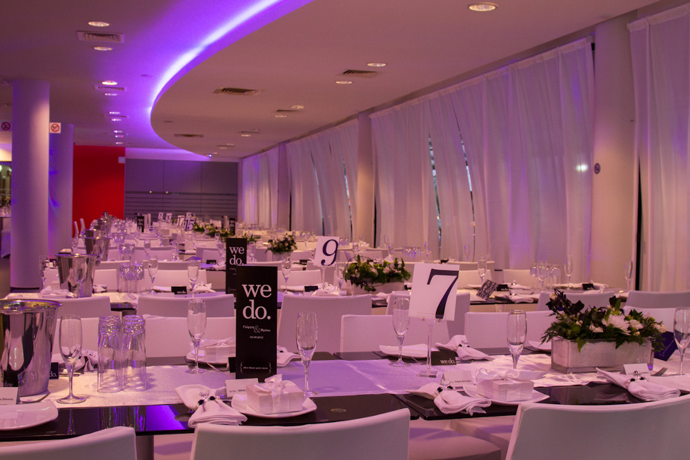 Gallop catering weddings indoor wedding seating junglespirit Choice Image